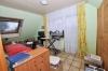 **VERKAUFT**DIETZ: Große sonnige 5 - 6 Zimmer Maisonette im 2 Familienhaus mit eigenem Garten und eigener Garage! - Schlafzimmer 2 (DG)