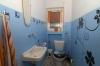 **VERKAUFT**DIETZ: Freistehendes Wohnhaus mit Nebengebäuden u. Garage - viele Räumlichkeiten für viele Nutzungsarten. - Gäste-WC im EG
