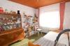 **VERKAUFT**DIETZ: TOP gepflegter Bungalow mit Garage, Garten und 640 m² Grundstück! In Feldrandlage - Schlafzimmer 3