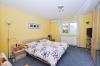 **VERKAUFT**DIETZ: Neuwertiger moderner Bungalow , Baujahr 2008, ideal für jung und alt. Mit Garage, EBK, Garten uvm.! - Schlafzimmer 1