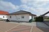 **VERKAUFT**DIETZ: Neuwertiger moderner Bungalow , Baujahr 2008, ideal für jung und alt. Mit Garage, EBK, Garten uvm.! - 1 Garage und 3 PKW-Außenplätze
