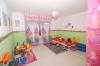**VERKAUFT**DIETZ: Vermietetes 3 Familienhaus mit 639 m² Grundstück in ruhiger Lage !! - Eines der Schlafzimmer im OG