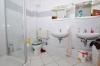**VERKAUFT**DIETZ: Heimeliges Reihenhaus mit Viel Platz zum kleinen Preis! EBK, 2 Bäder, G-WC, Keller, uvm. - und Doppel Waschbecken