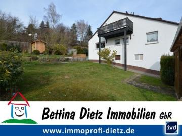 DIETZ: PROVISIONSREI Renovierte 5 Zimmer Wohnung mit Garten, Hütte, Hobbyraum, SÜDWEST Balkon, 64354 Reinheim, Dachgeschosswohnung