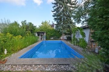 **VERKAUFT**DIETZ: Außergewöhnliches EFH mit Swimming Pool, Doppelgarage, 63322 Rödermark, Einfamilienhaus