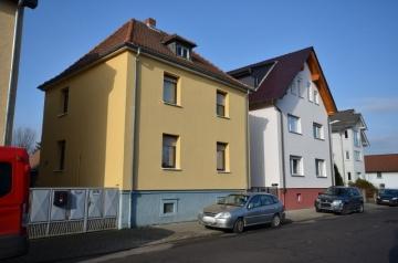 **VERKAUFTT**DIETZ: JÜGESHEIM – Einfamilienhaus mit riesigem Grundstück – Nebengebäude – Außenfassadendämmung, 63110 Rodgau, Einfamilienhaus