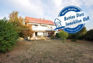**VERKAUFT**DIETZ: Einzugsbereite helle 3 Zimmer Dachgeschosswohnung im 5 Familienhaus!, 64354 Reinheim, Dachgeschosswohnung