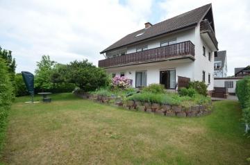 **VERKAUFT**DIETZ: Großzügiges 2-Familienhaus mit Doppelgarage, Terrasse, 2 Balkonen und Garten!, 63110 Rodgau, Zweifamilienhaus